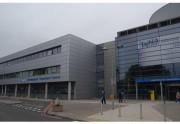 Καταστήματα ηλεκτρονικού τσιγάρου σε νοσοκομεία στη Μεγάλη Βρετανία
